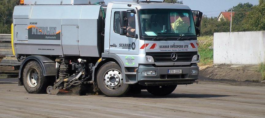 Zametací vůz Mercedes-E4